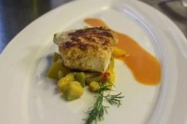 Almoço: Bacalhau em Court Bouillon de Alvarinho